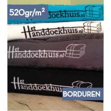 Handdoek 70 x 140cm (520 gr/m2) incl. borduren logo